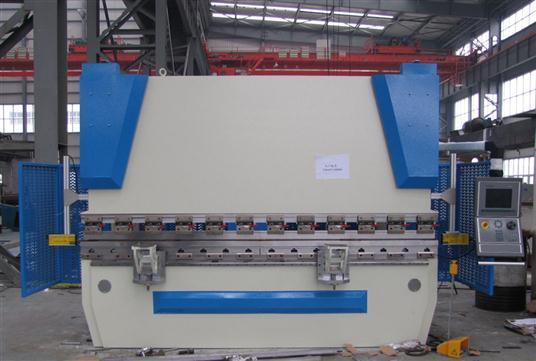 We67k Series CNC Synchro Hydraulic Press Brake Machine