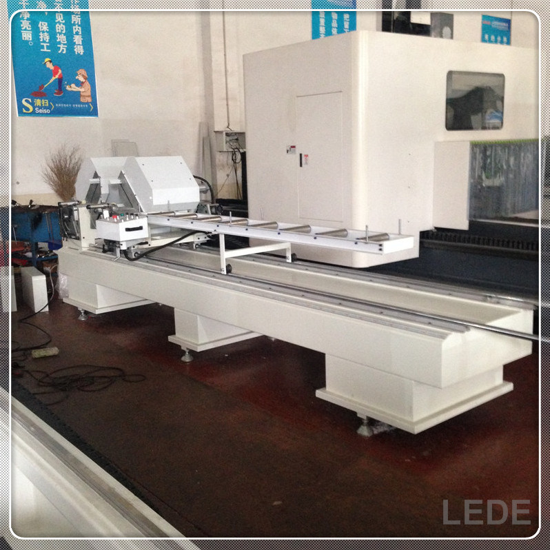 PVC Door Window Machine Double Head Cutting Saw Processing Machine