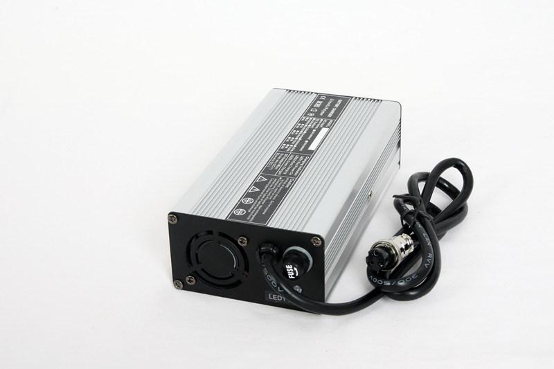 Hot Sale 12V Car Battery Charger