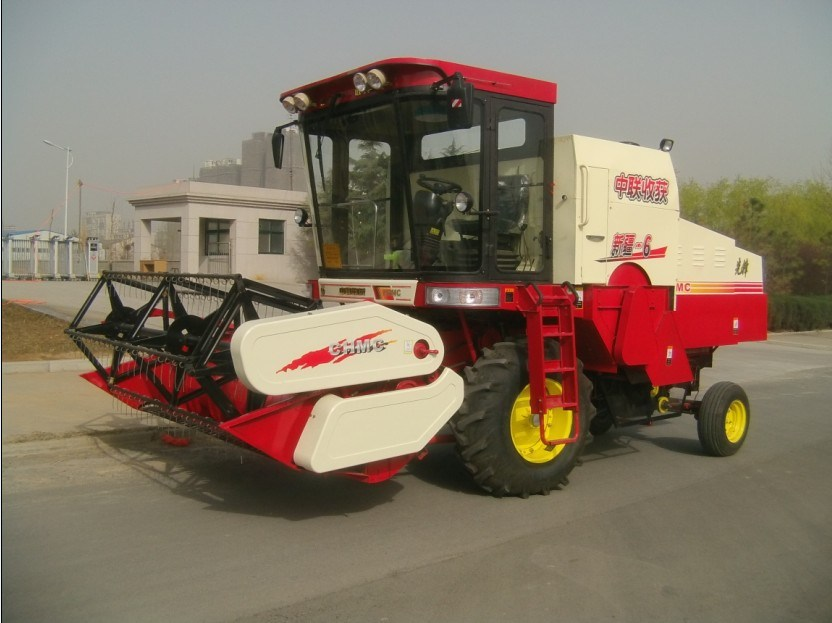 Wheel Type Good Price for Mini Combine Harvester