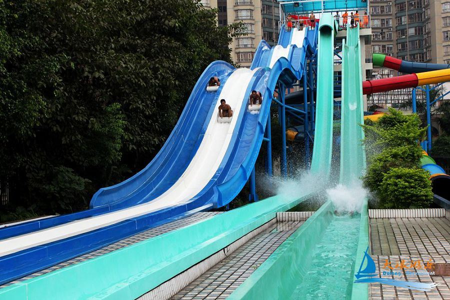 China High-Speed Water Slide (WS-016) Photos & Pictures ...