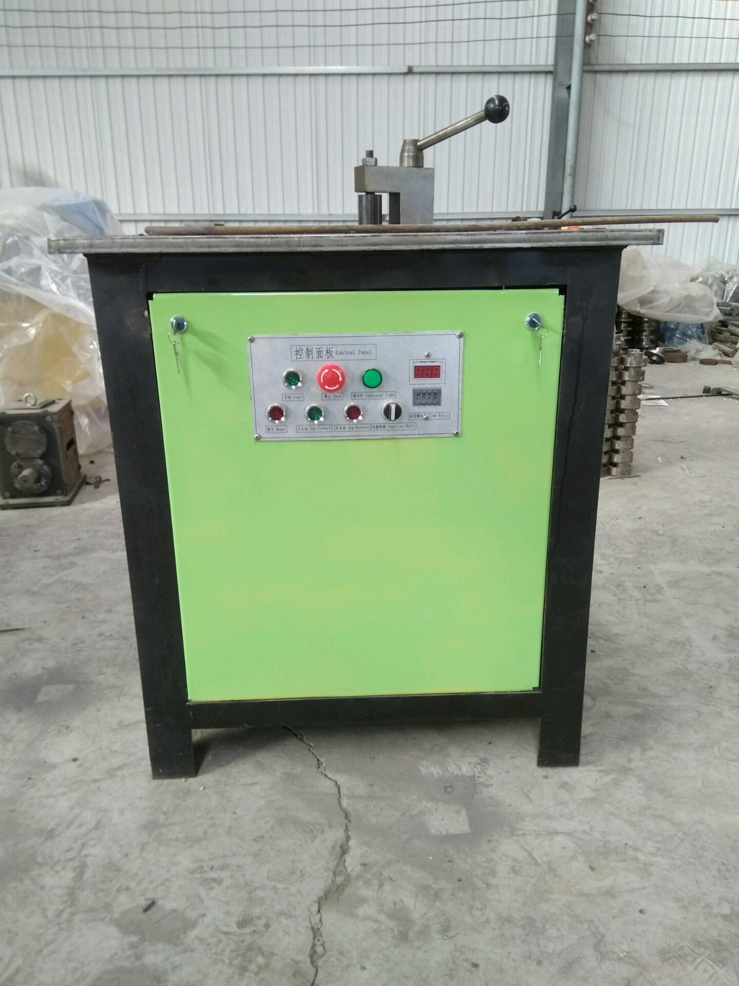 Wrought Iron Bending Machinery /Iron Bending Machine for Flat Iron, Square Steel