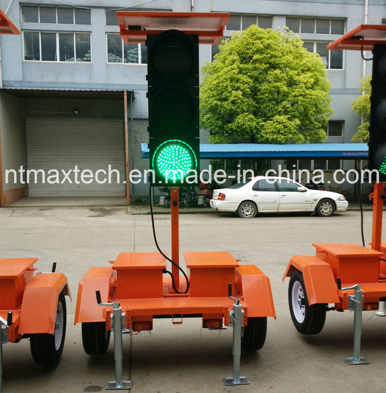 Solar Powered Portable Traffic Signal Light