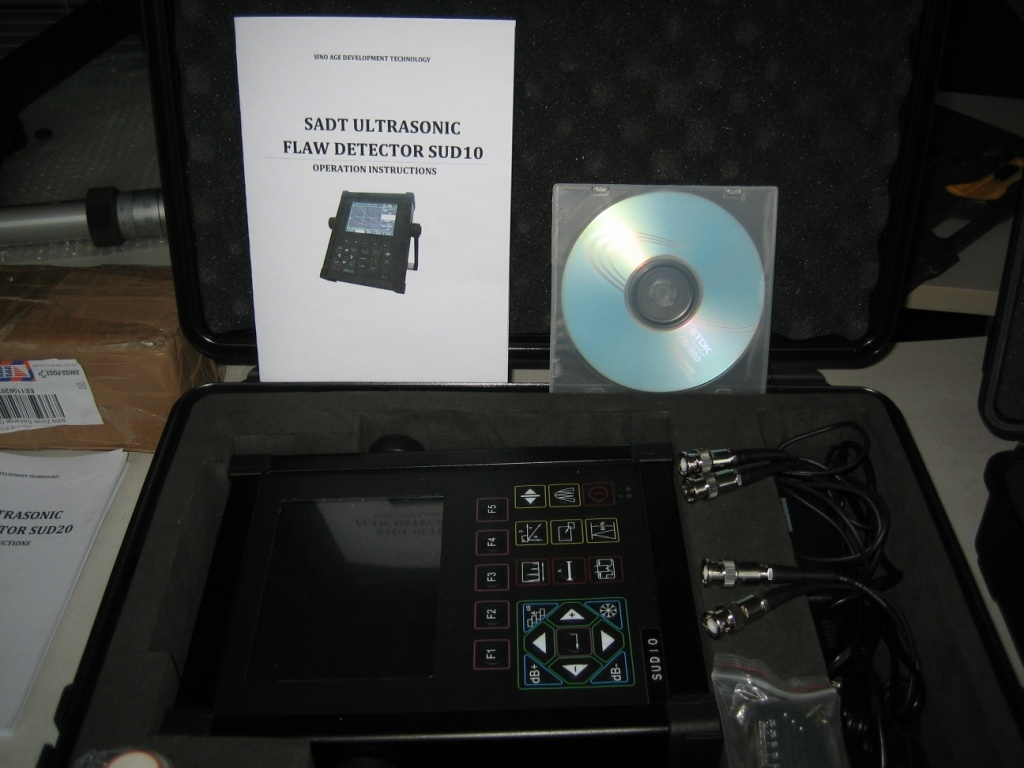 Portable Digital Ultrasoinc Flaw Detector (SUD10) with Software to PC