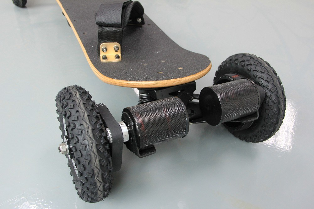 Four Wheel Wireless Remote Control Electric Skateboard