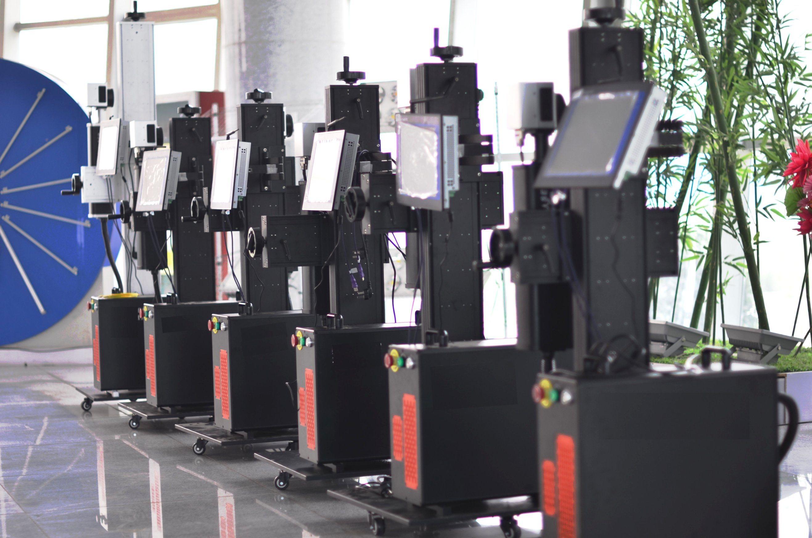 50W Ylpf-50qe Fiber Laser Marking Machine for PP/PVC/PE/HDPE/UPVC/CPVC Plastic Pipe Non-Metal