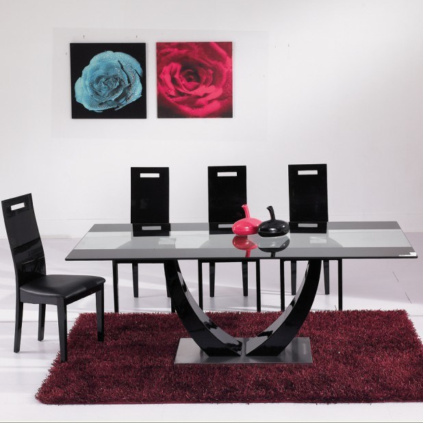China elegant glass and wood dining table china dining for Fancy glass dining table
