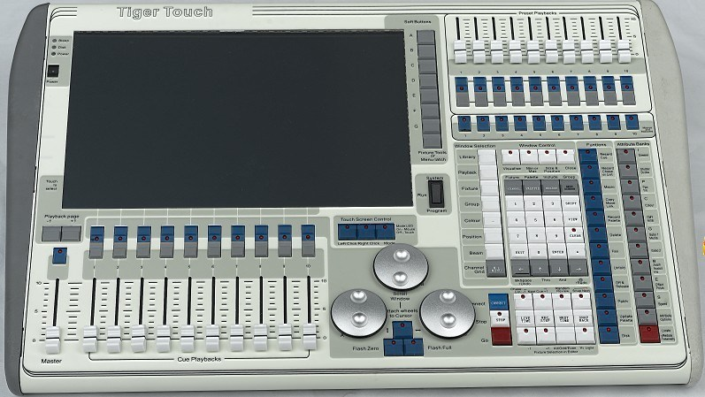 Avolite Titan Operating System DMX 512 Tiger Touch 2048CH Controller
