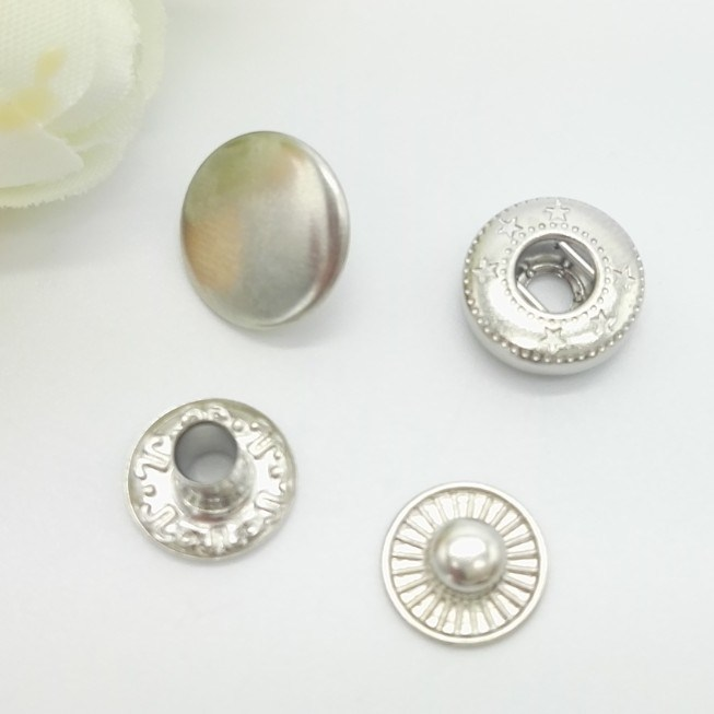 Nickel Color Custom Metal Snap Buttons