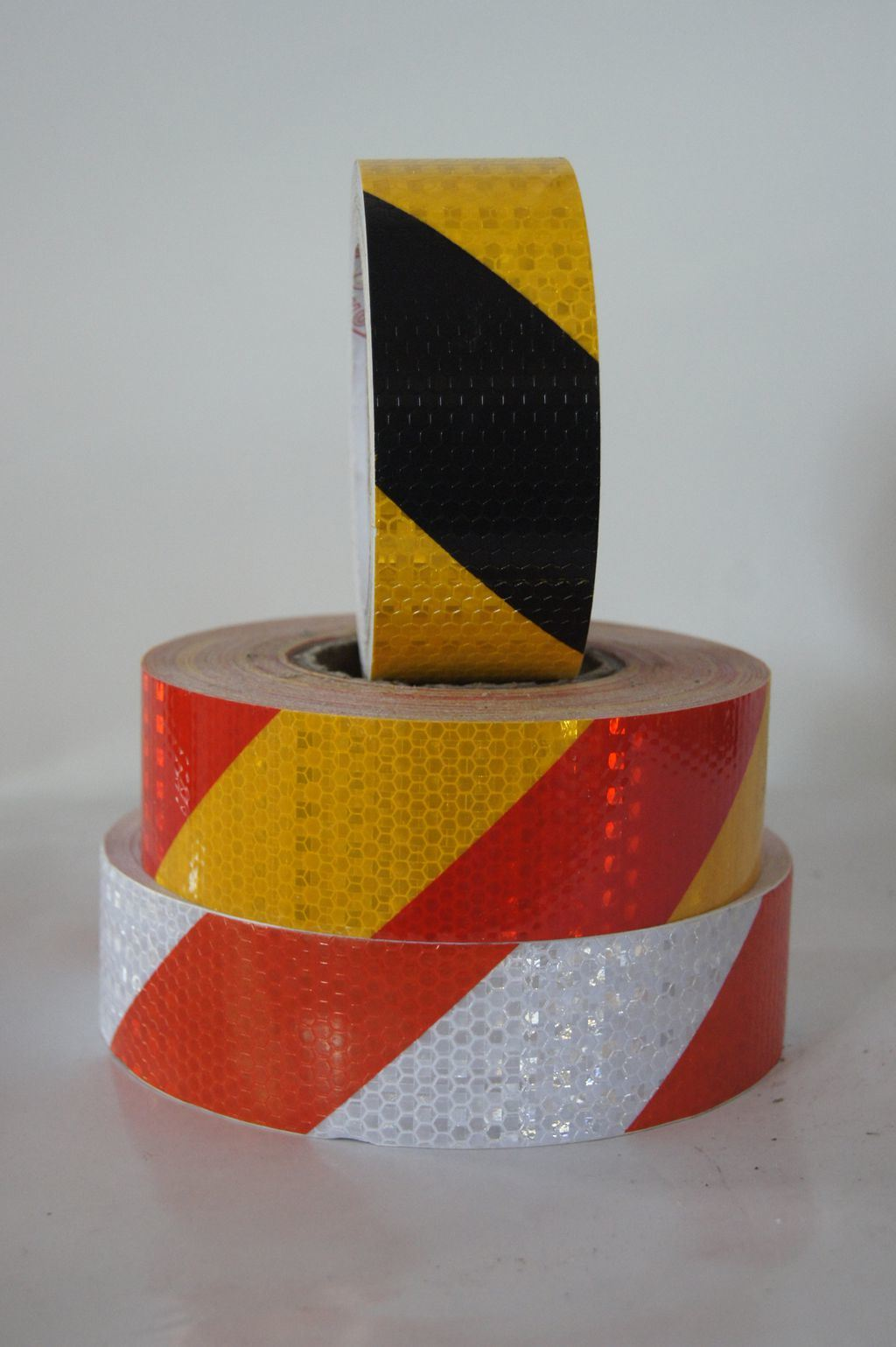 Customized Design Long Distance of Visibility White Red Reflective Tape 3 M
