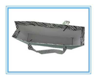 OEM Comstom Paper Bag with Silk Ribbon