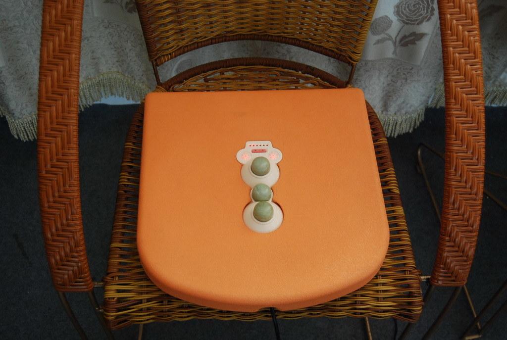 3 Jade Ball with Cushion Wellness Care