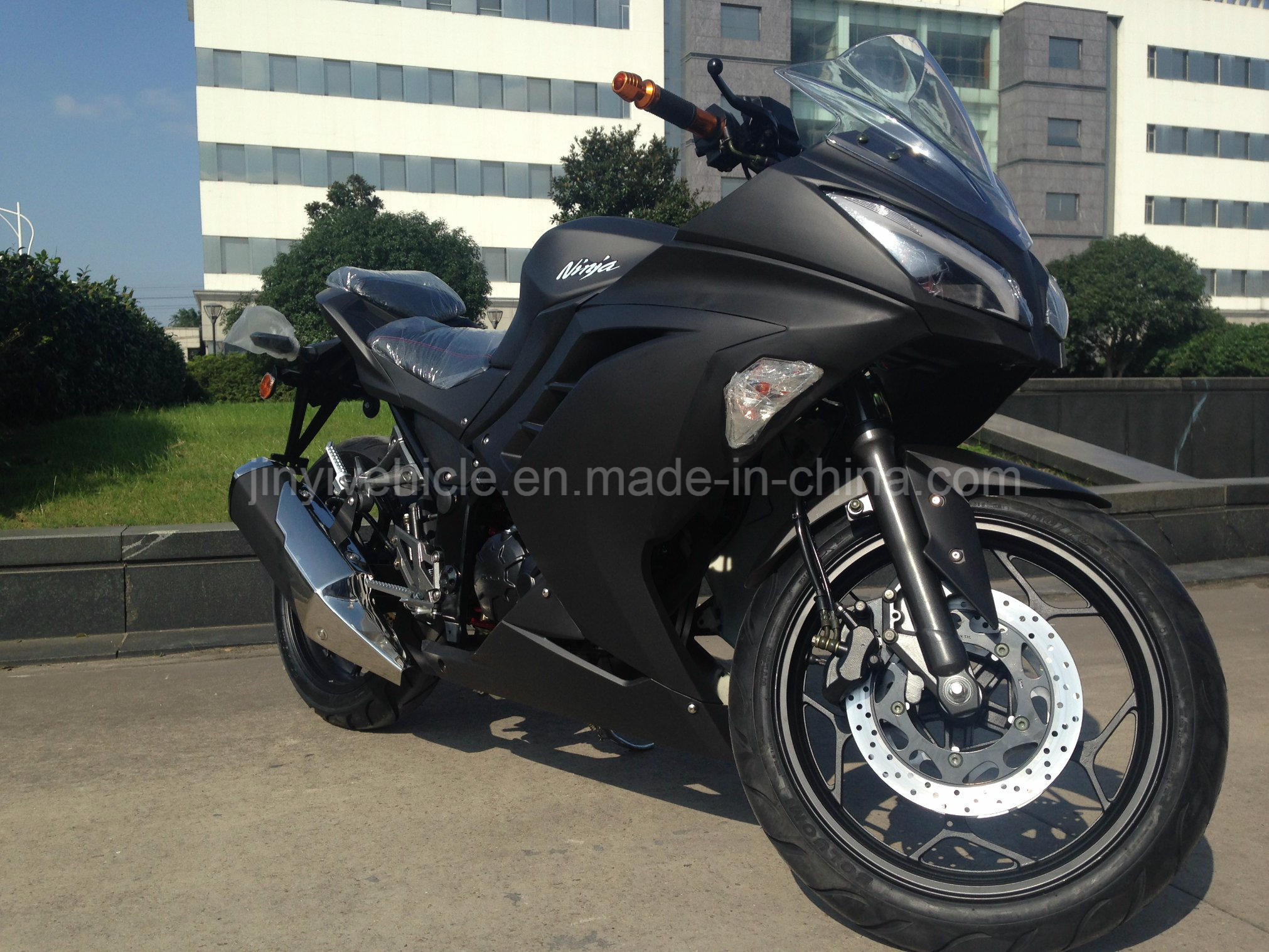 200cc Heavy Bike Racing Motorcycle Black Color
