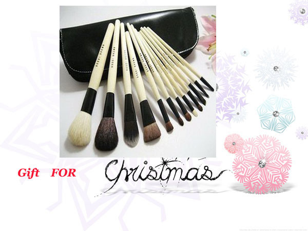 bobbi brown makeup brush set. Bobbi Brown 24x Makeup brush