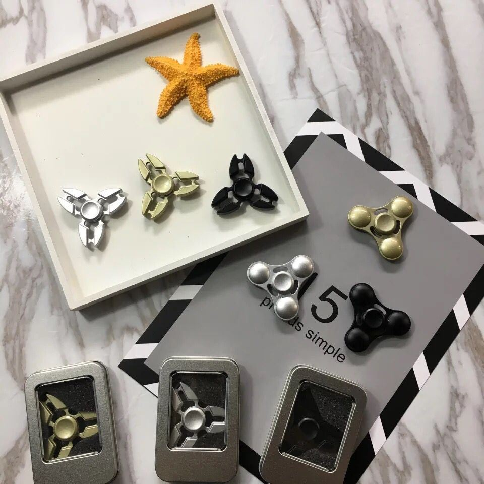 Wholesale Hand Toy Zinc Alloy Fidget Spinner at Stock