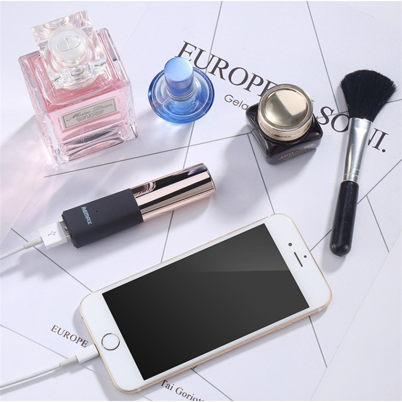 2600 mAh Lipstick Shape Portable Power Bank for Mobile Phone Accessories