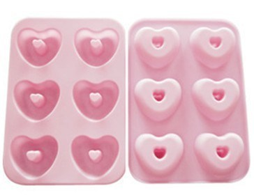 LFGB Nice Heart Shape 12 PCS Silicone Cake Mould