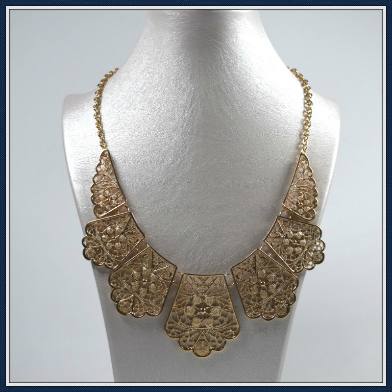 New Item Zinc Pendant Elegant Fashion Necklace Jewellery