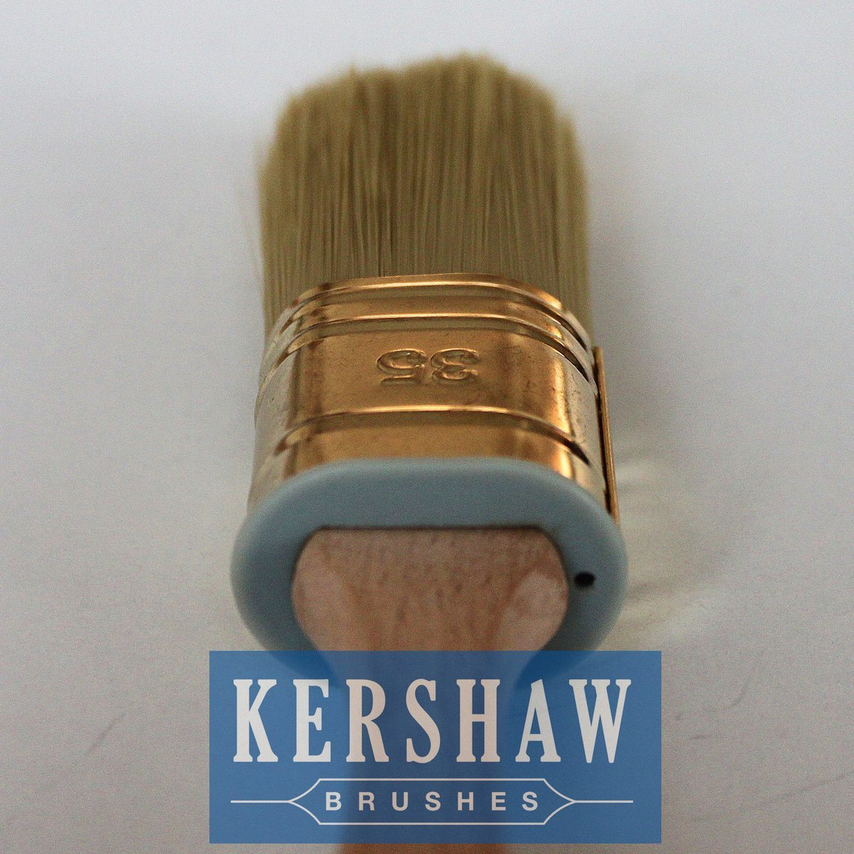 Paint Brush (Oval Brush tapered filament With Beech Wood Handle, paintbrush)