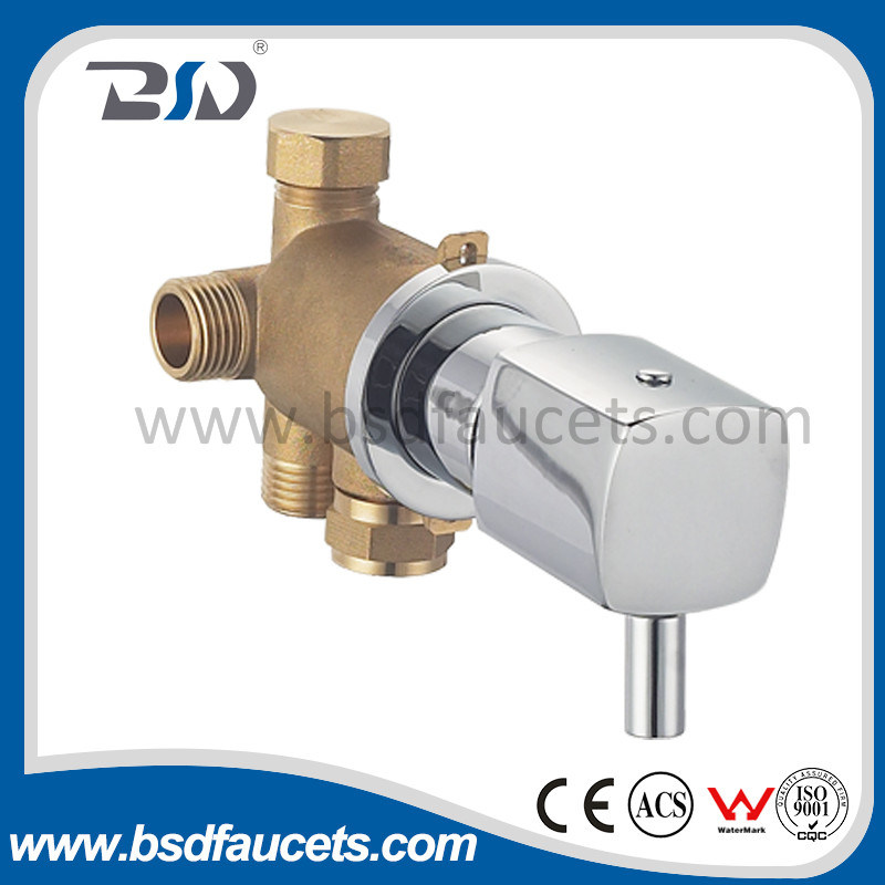 Brass 4 Way Diverter with Rectangluar Brass Plate