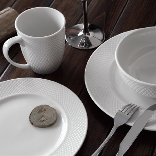 2016 New 20PCS Porcelain Embossed Dinner Set