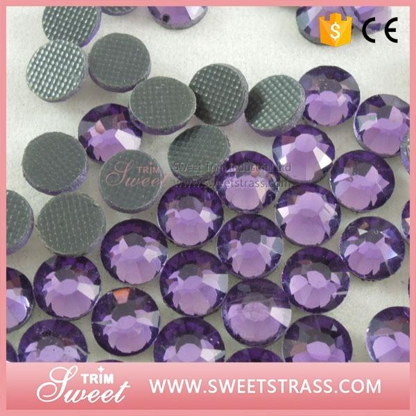 Lt. Peach DMC Faceted Diamonds for Garment Accessory