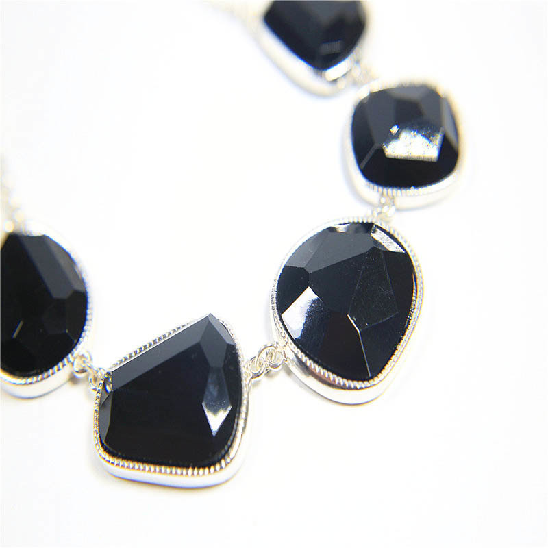 New Design Resin Fashion Jewelry Set Necklace Earring