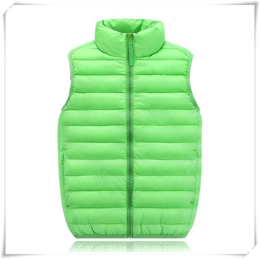 Children Lightweight Duck Down Winter Down Jacket with High Quality