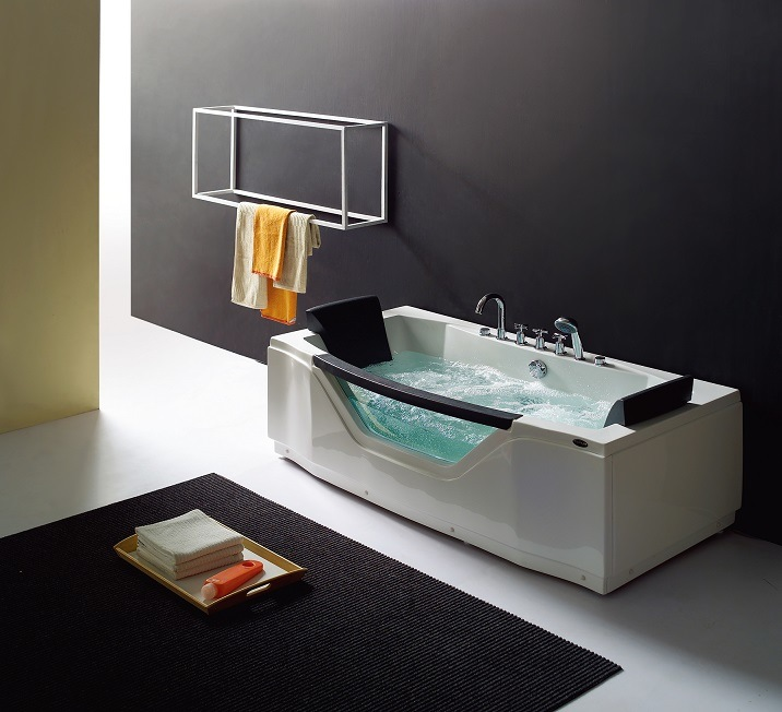 Massage Bathtub Triangle Shape Ba-N207