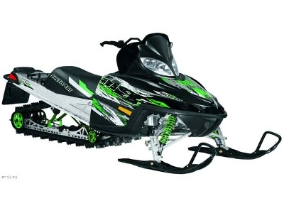 Arctic Cat Snowmobile (M8 Review)