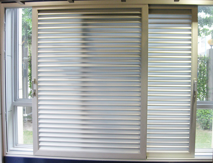 Glass Louver Doors