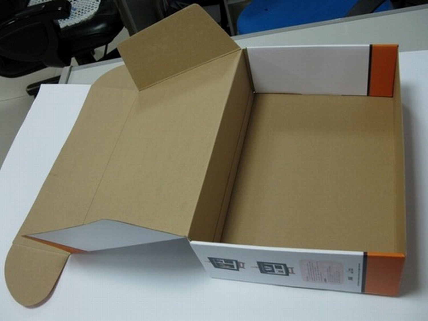 Brown Corrugated Box / Corrugated Carton/ Recyclable Ccnb Bcde Flute Carton