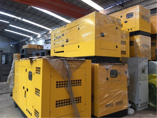 Cummins Engine Diesel Generator Set 100kw/125kVA