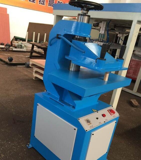 Xyj-2/10 Small Hydraulic Press Leather Shoe Making Machine