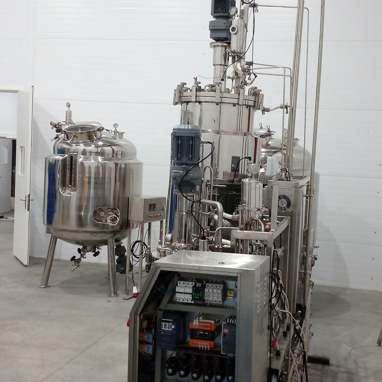 1000L Storage Tanks