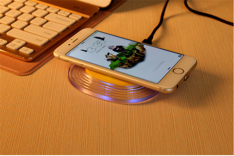 Fast Wireless Charger Priavte Model with Generalplus Solution Output 2.0 a No Heat