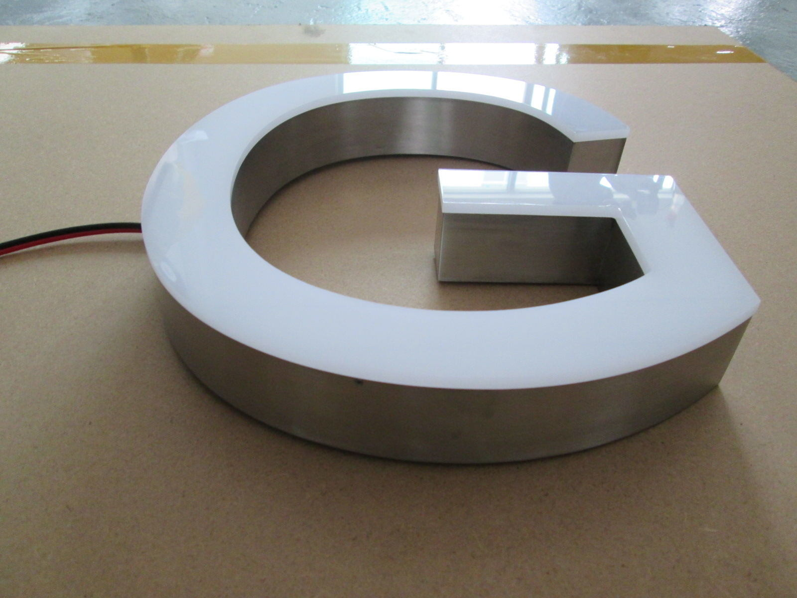 Metal Aluminum Stainless Steel Fabricated Brass Titanium Acrylic Frontlit 3D Dimensional LED Channel Letter