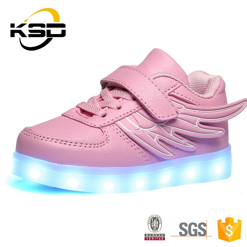 Top Quality PU Material Kids LED Shoes with Light up LED in Jinjiang