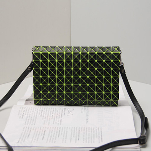 Black Green Rhombic Geometric Silica Gel Handbag (15A016-9)