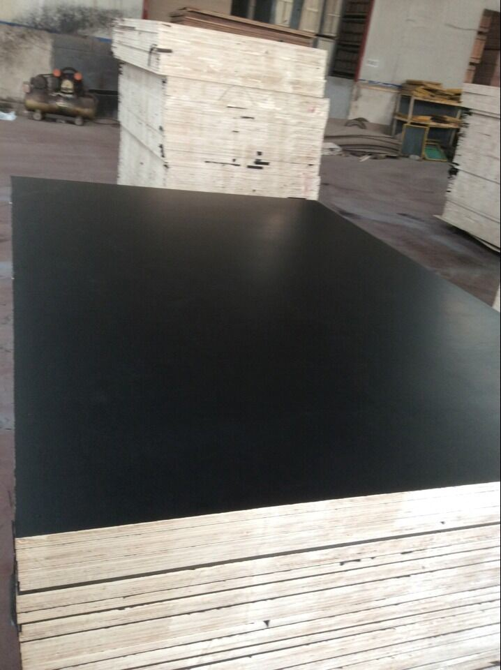 F17 Formply, Film Faced Plywood, Hardwood Core, Phenolic Glue, Size 1200X1800X17mm