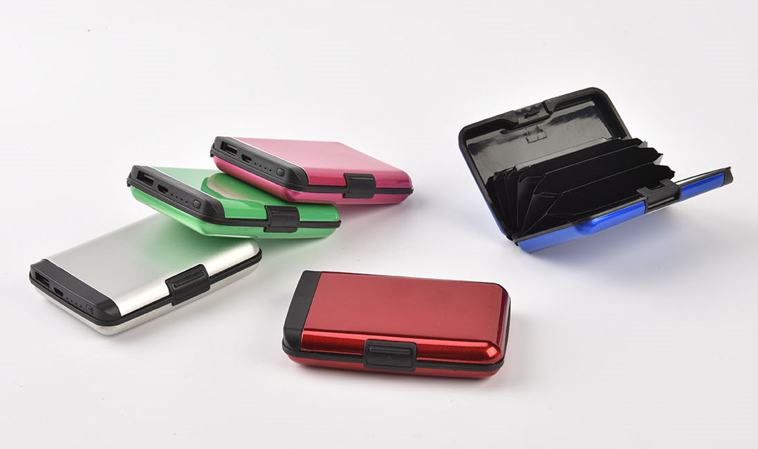Ningbo Wholesale Rechargeable New Gift Power Bank and Wallet