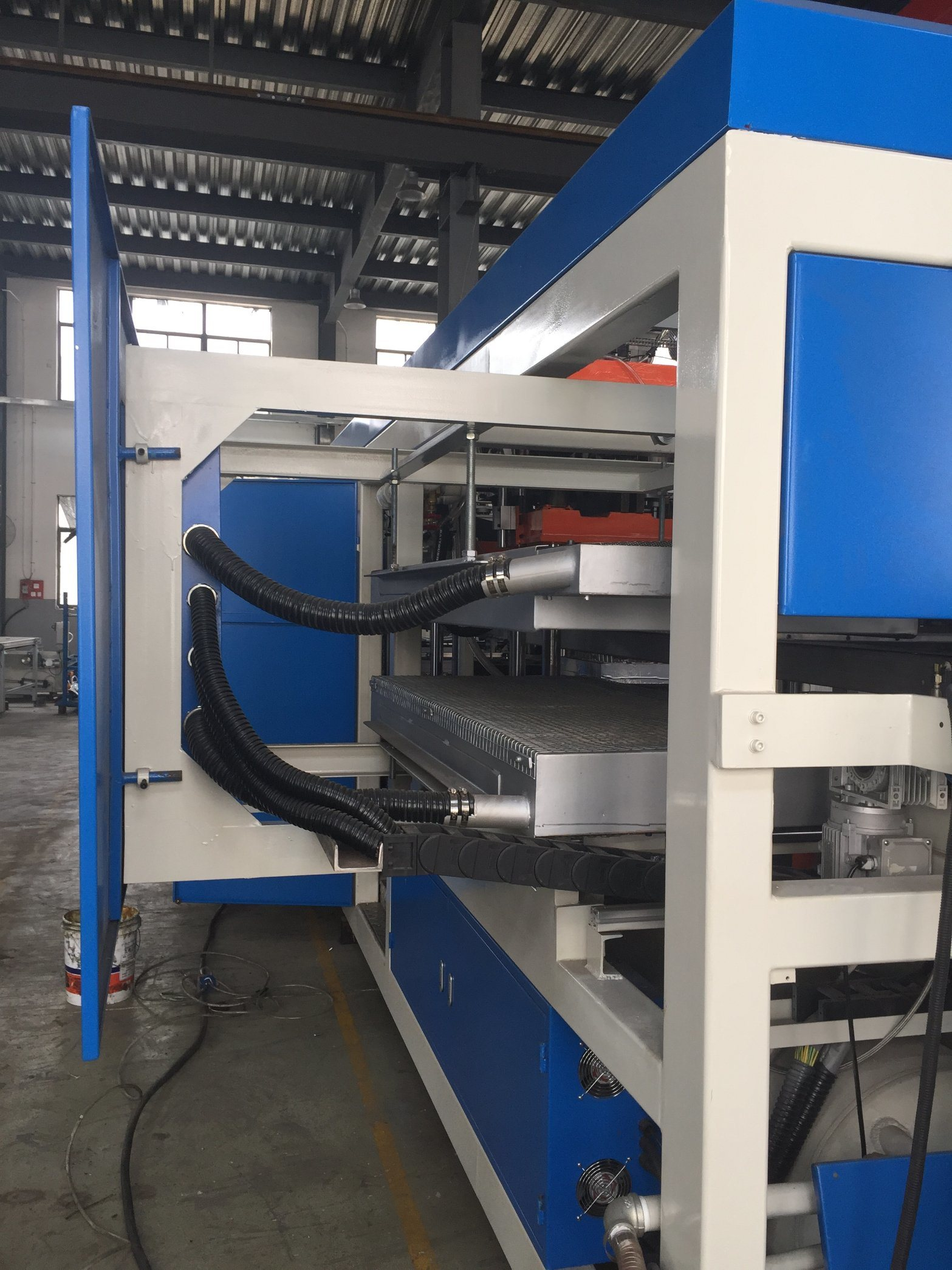 Trade Assurance Thick Sheet Vacuum Forming Machine