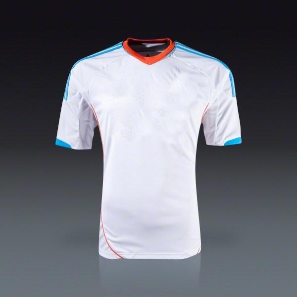 Dry Fast Footabll Home Jersey Men′s Short Sport T-Shirt New Fashion Soccer Wear