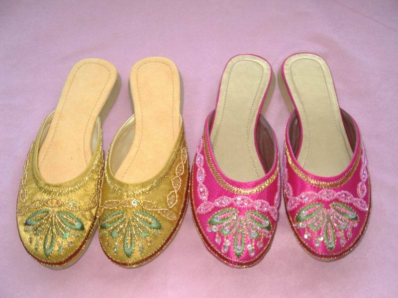 chinese beaded satin slippers  05f0330