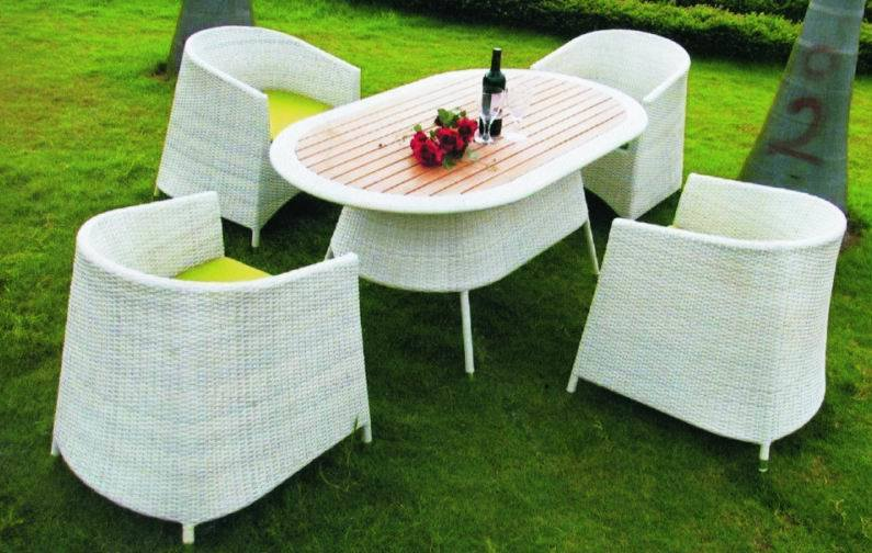 Wicker/Rattan Dining Chairs from The Dining Table Superstore