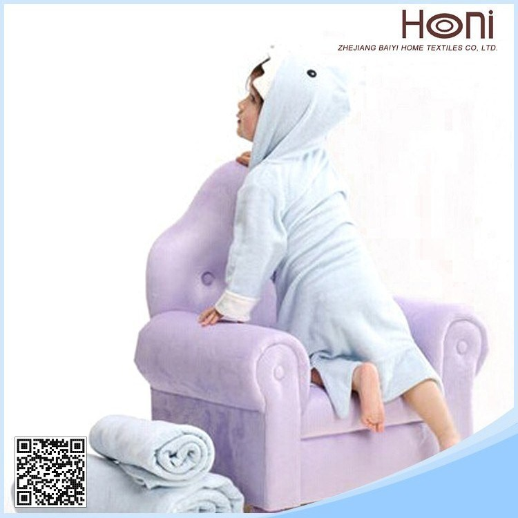 Wholesale Kids/Children/Baby Shark Shape Hooded 100% Cotton Kids Bathrobes