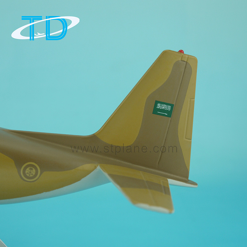 1: 100 Lockheed C-130 Hercules Military Model Aircraft