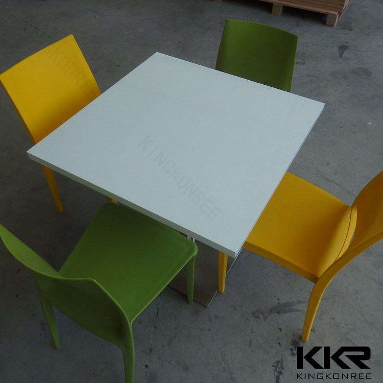 Modern Furniture 4 Seater Round Dining Table for Restaurant and Coffee Shop