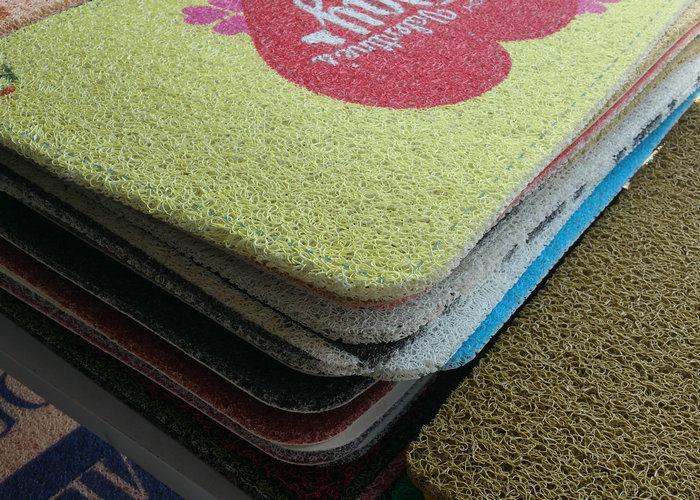 Anti-Slip Rubber Sheet, PVC Coil Mat with Foam Backing
