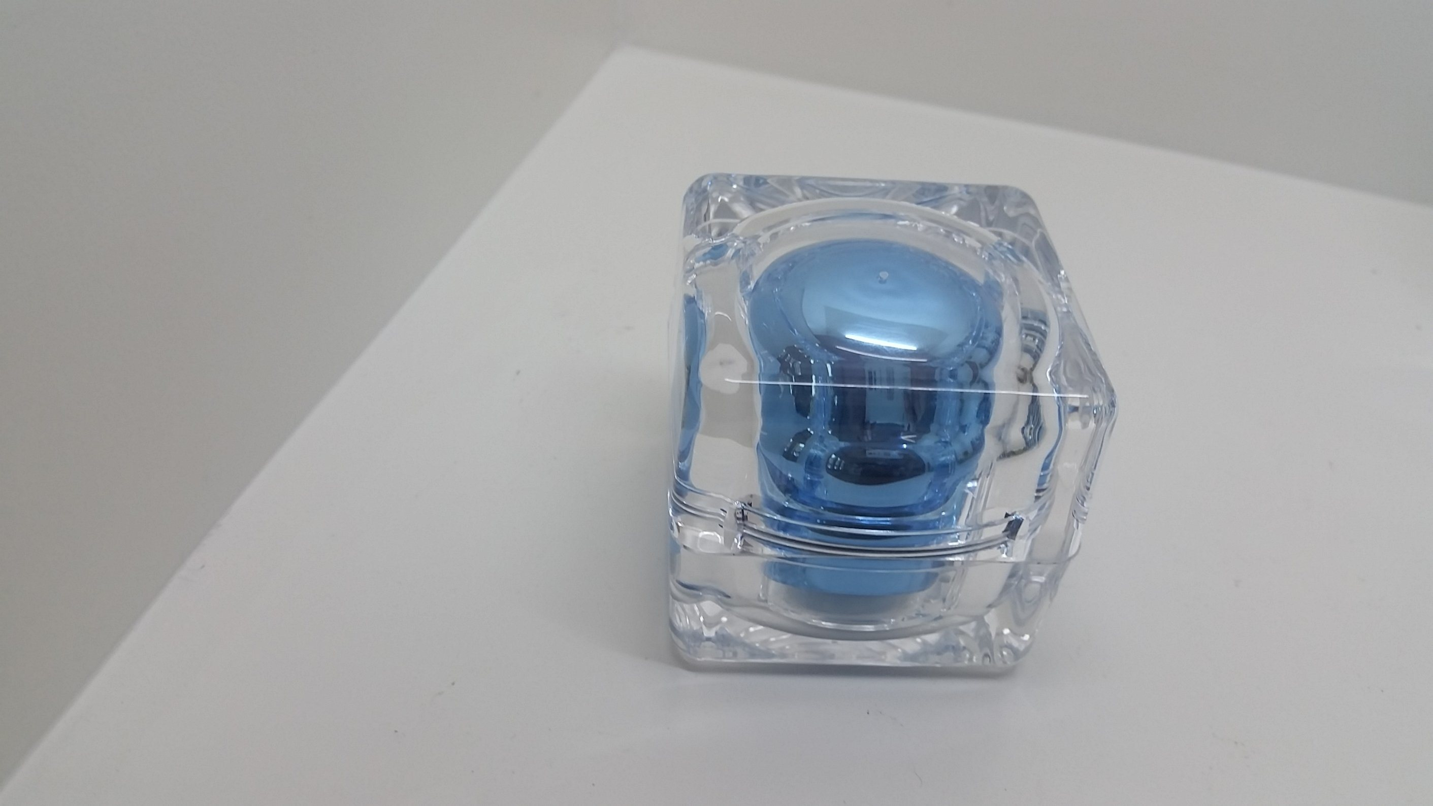 Qf-A3954 Plastic Glass Square Bottle